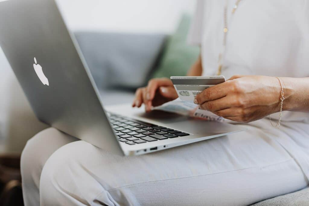 shipping vs billing address