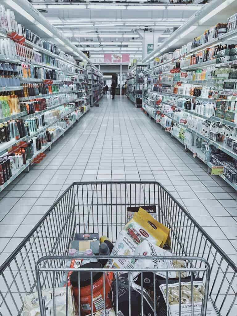 grocery shopping is part of the history of eCommerce