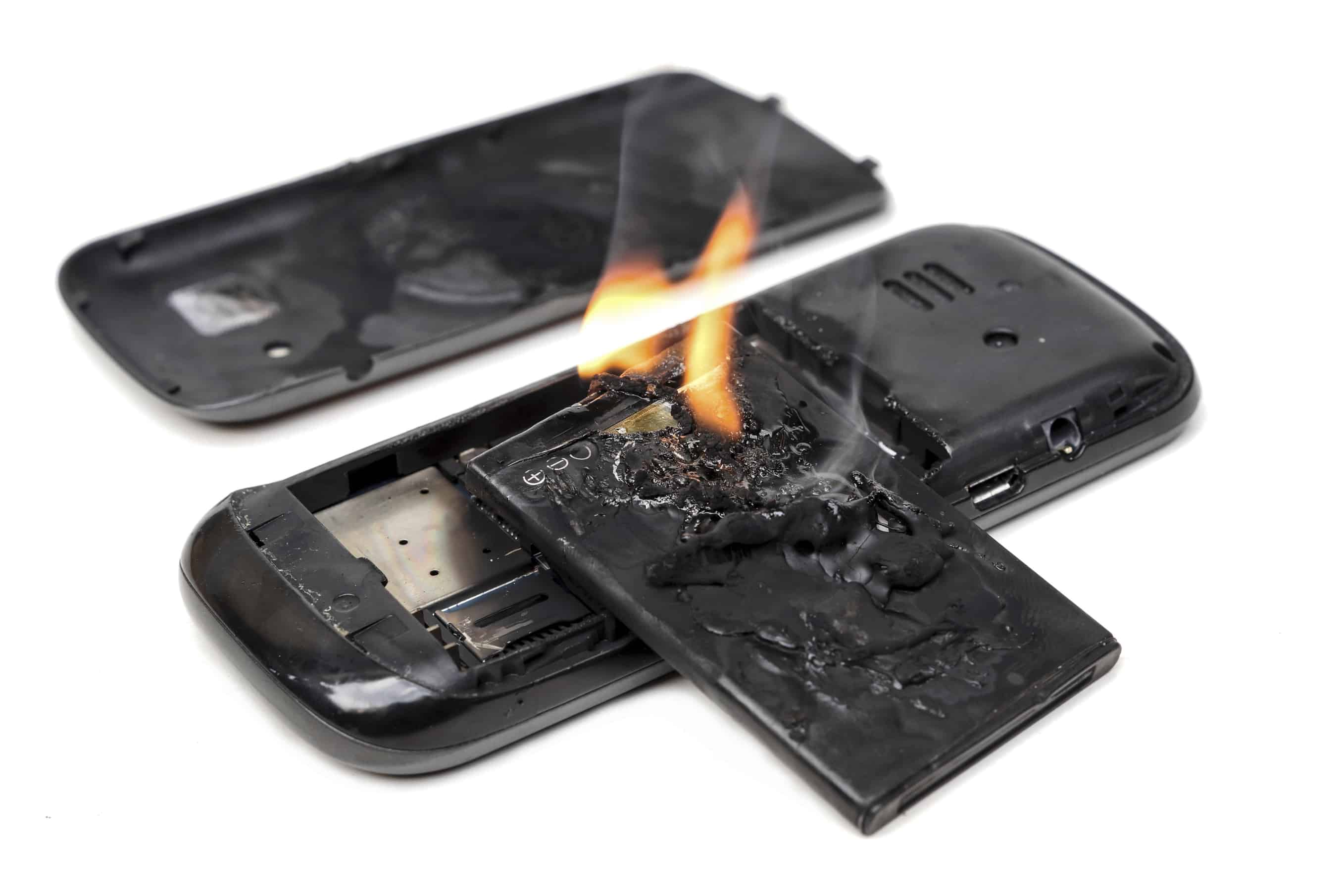 mobile phone battery explodes