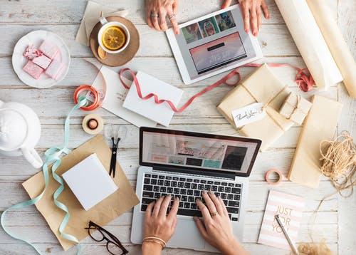 Subscription eCommerce Business box design